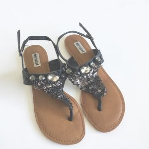 ⛓ Not Rated ❉ Chainmail Gem Thong Sandals ❉ Black